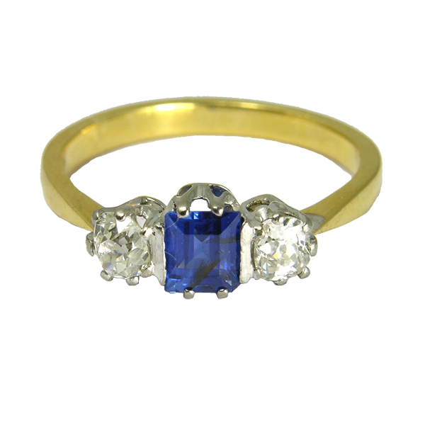 Second hand pre loved Stamped 18ct 3 Stone Sapphire And Diamond Ring from AA Thornton Kettering