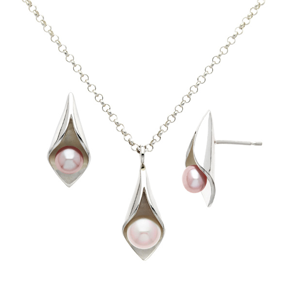 Silver Calla Lily pink freshwater pearl pendant on 18 inch silver chain & stud earrings From AA Thornton Kettering