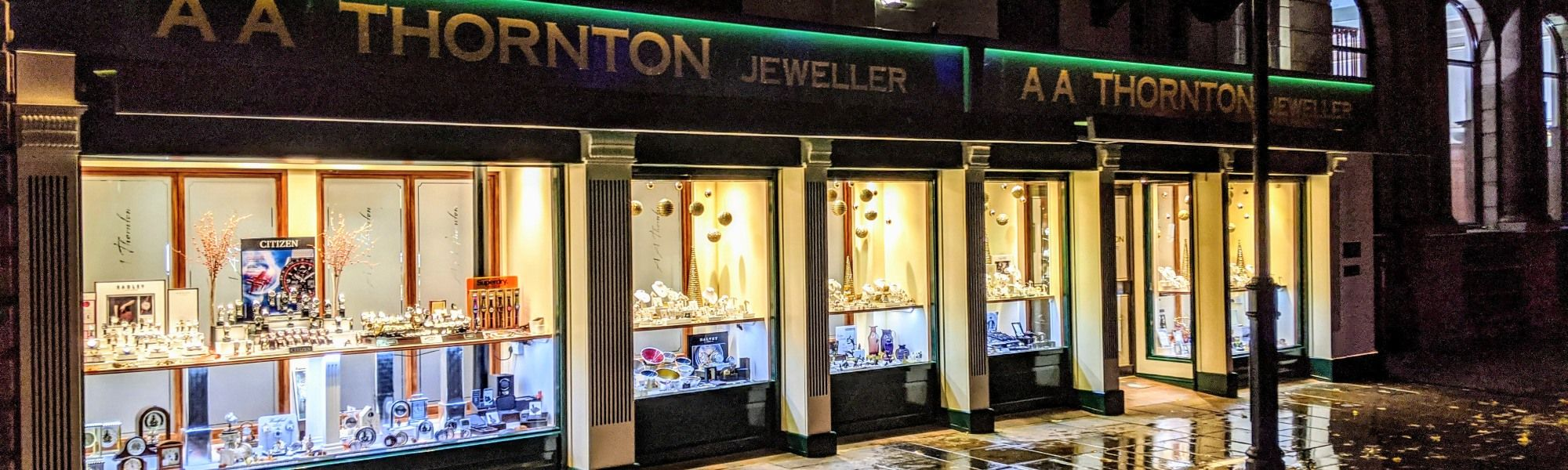 aa thornton jewellery shop window kettering