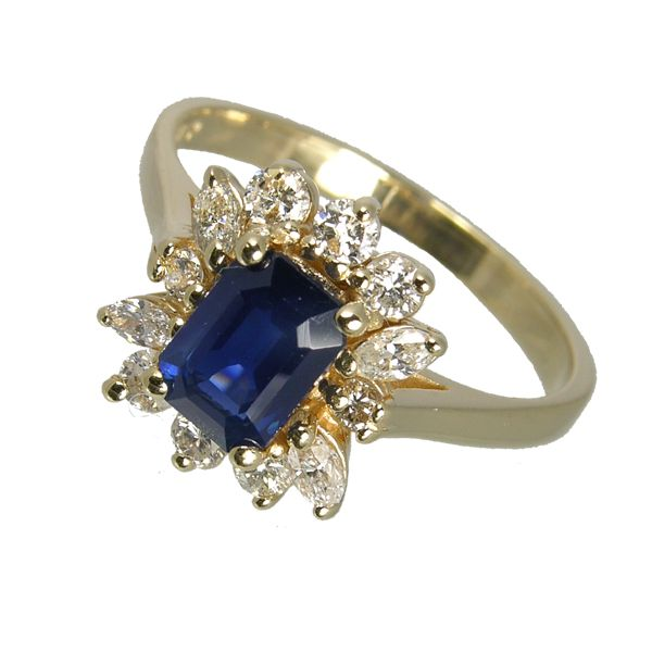 Second hand 14ct yellow gold sapphire & diamond cluster ring ref 99310 £1,275 from Thorntons jewellers jewellery collection Kettering Northampton