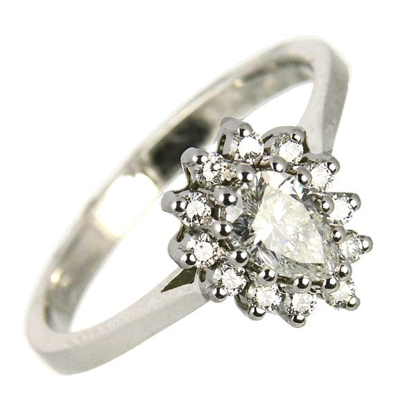 Second hand 18ct white gold pear shaped diamond cluster ring £2,500 on Sally Thornton jewellery blog from Thorntons Jewellers Kettering Northampton