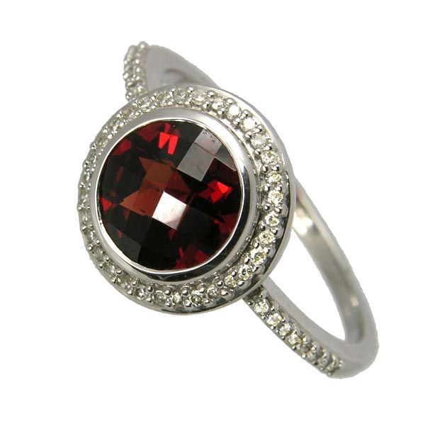 Second hand 9ct white gold garnet & diamond Ring £250 on Sally Thornton jewellery blog from Thorntons Jewellers Kettering Northampton