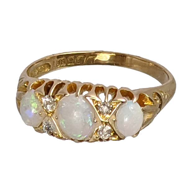 99333 £395 Second Hand 18ct Opal & Diamond Ring from Thorntons Jewellers Jewellery Collection in Kettering Northampton