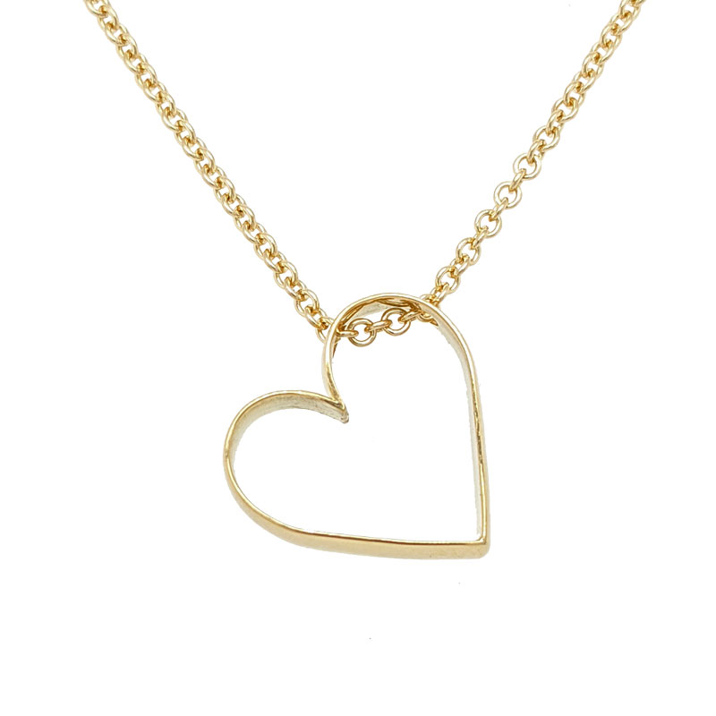 Heart pendant shaped from a wedding ring Sally Thorntons Jewellery blog on Design from Thornton Jeweller Kettering Northampton